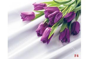 лилави лалета букет на сатенирана основа