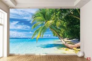 Фототапет морски пейзаж със самотна палма и бряг