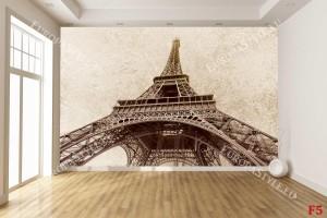айфеловата кула на фон бежова мазилка
