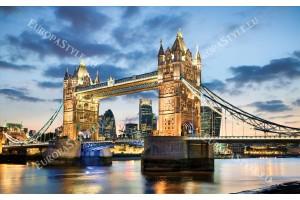 Фототапет моста Тауър в Лондон нощен изглед в 2 цвята