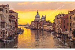 Фототапет уникален нощен изглед канала Венеция жълт залез