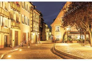 Фототапети улица в стар град красиво осветена в 2 цвята