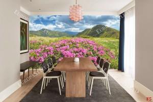 Фототапет красиви розови цветя на планински фон