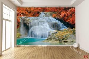 Фототапет водопад на фона на червени листа