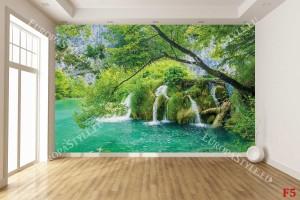 Фототапет красива горска река с водоскоци