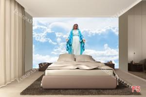 Фототапети статуя на Дева Мария Богородица сред облаци