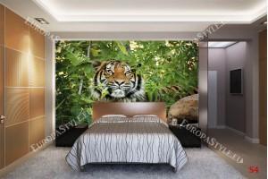 Фототапет тигър в джунгла