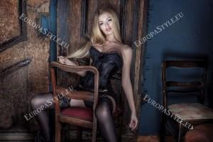 Фототапети небрежна дама