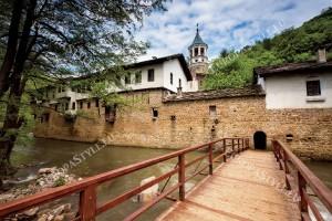 Фототапети изглед Дряновски манастир 2